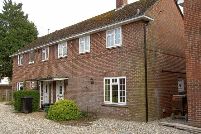3 bed semi-detached house to rent in Clarendon Gardens, Newbury RG14
