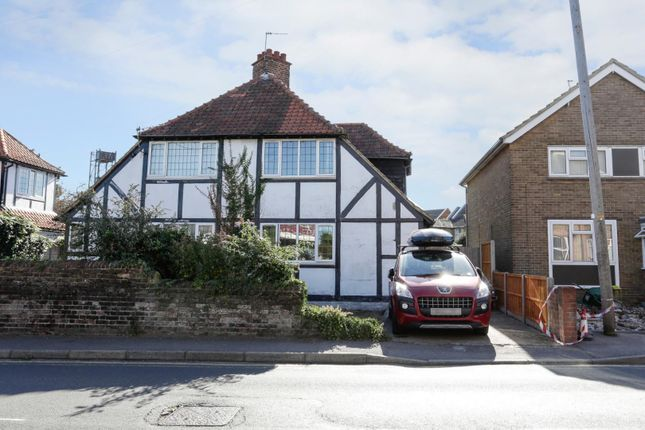 Thumbnail Semi-detached house for sale in Albert Road, Deal