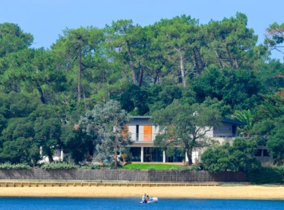 Thumbnail Villa for sale in Hossegor Directly On The Lake, Soorts-Hossegor, Soustons, Dax, Landes, Aquitaine, France
