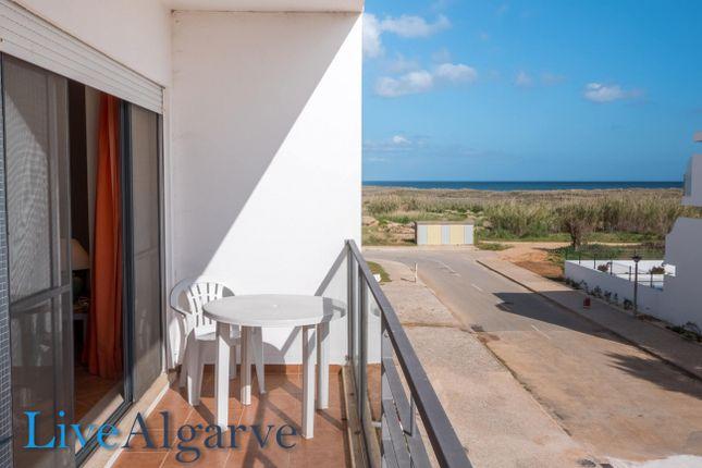 Great T4 Apartment With Sea View In Meia Praia, Lagos