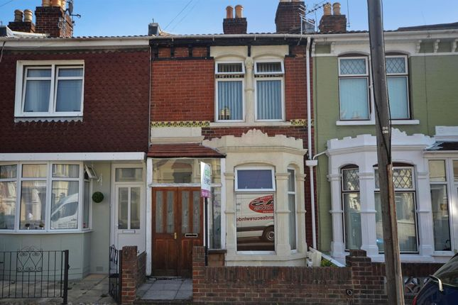 Thumbnail Terraced house to rent in Lyndhurst Road, Portsmouth