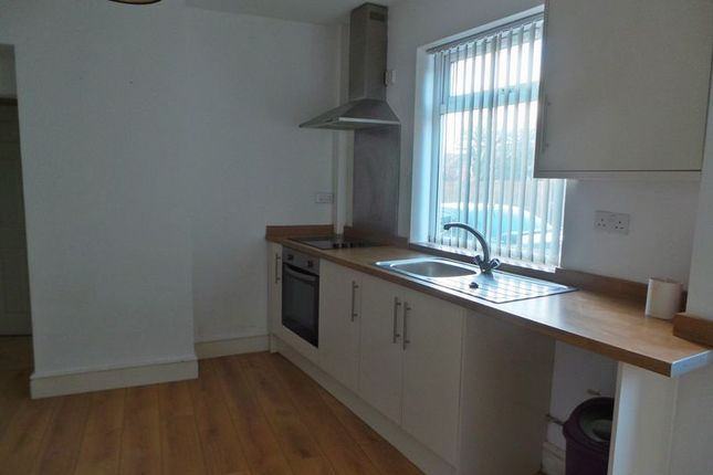 Thumbnail Flat to rent in Wood Street, Rugby