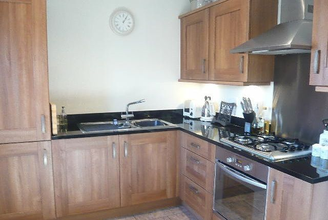 Thumbnail Flat to rent in Robins Court, Faringdon