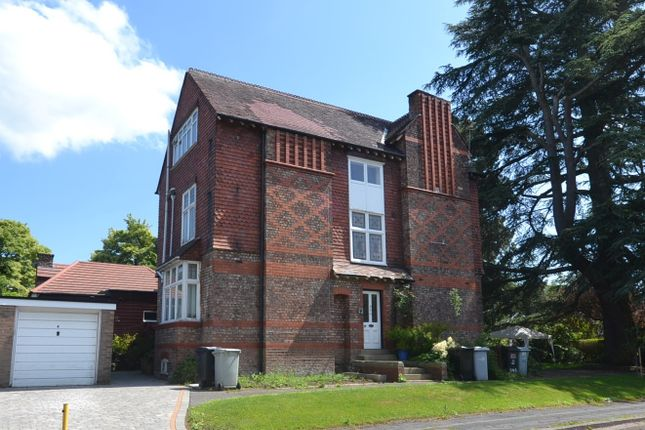 1 bed flat to rent in Inglewood, Cedarway, Fulshaw Park South, Wilmslow SK9