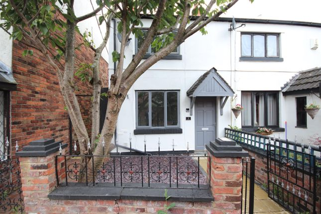End terrace house for sale in Wards Place, Leigh