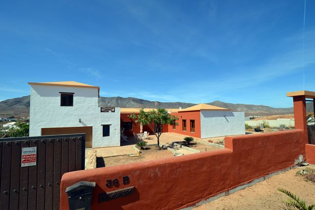 5 bed villa for sale in Vistas Del Angel 63B, 35611 Casillas Del Angel, Casillas Del Angel, Fuerteventura, Canary Islands, Spain