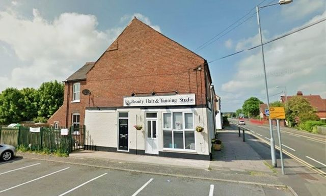 Thumbnail Flat to rent in Rugeley Road, Chase Terrace, Burntwood, Staffs