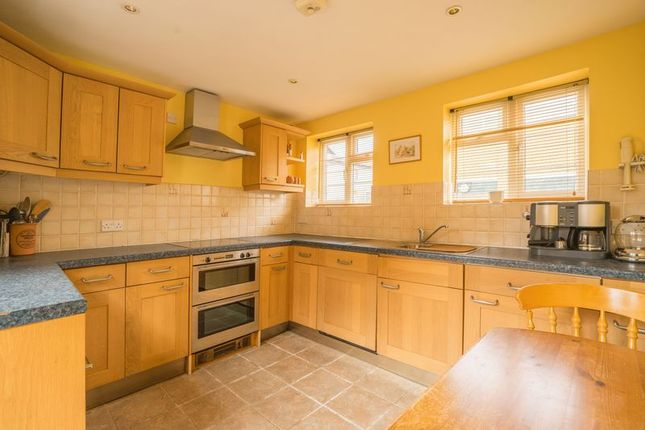 2 bed terraced house for sale in Holden Park Road, Southborough, Tunbridge Wells