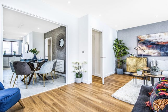 Thumbnail Terraced house for sale in Holst Road, Acton, London