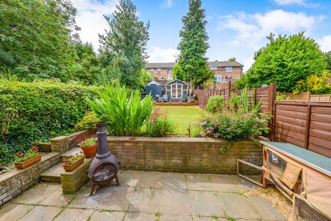 Thumbnail Terraced house for sale in Oakdale, Welwyn Garden City
