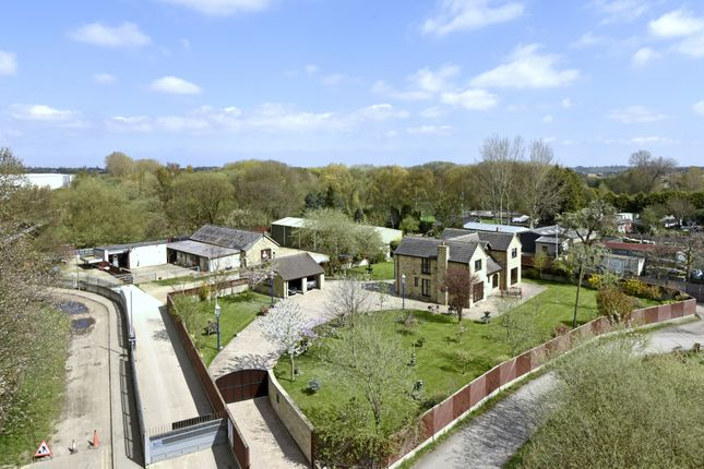 Thumbnail Detached house for sale in Broad Cut Road, Calder Grove, Wakefield
