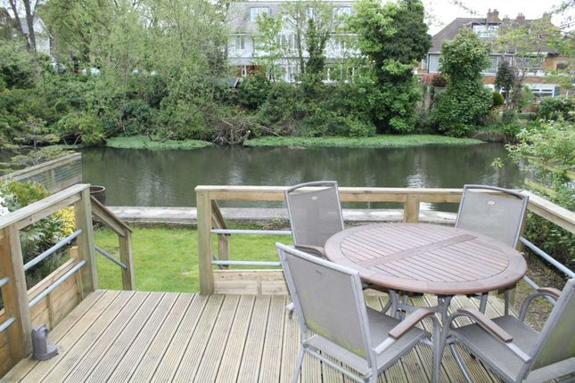 Thumbnail Town house for sale in Tallow Road, Brentford