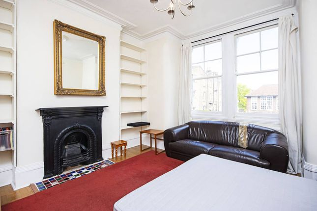 Thumbnail Maisonette to rent in Town Hall Approach, Stoke Newington, London