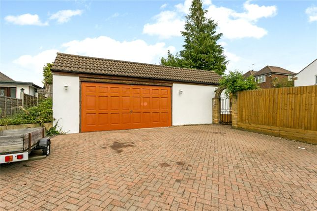 Picture No. 05 of Langley Way, Watford, Hertfordshire WD17