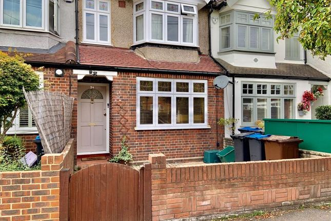 Thumbnail Terraced house to rent in Wycliffe Road, London
