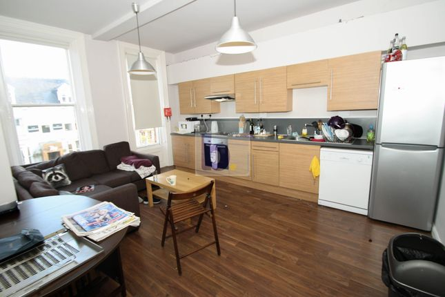 Thumbnail Flat to rent in Osborne Road, Jesmond