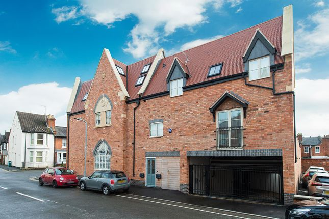 Thumbnail Flat for sale in Wood Street, Leamington Spa, Warwickshire