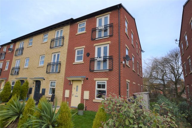 2 bed town house to rent in Graingers Way, Roundhouse Business Park, Leeds LS12