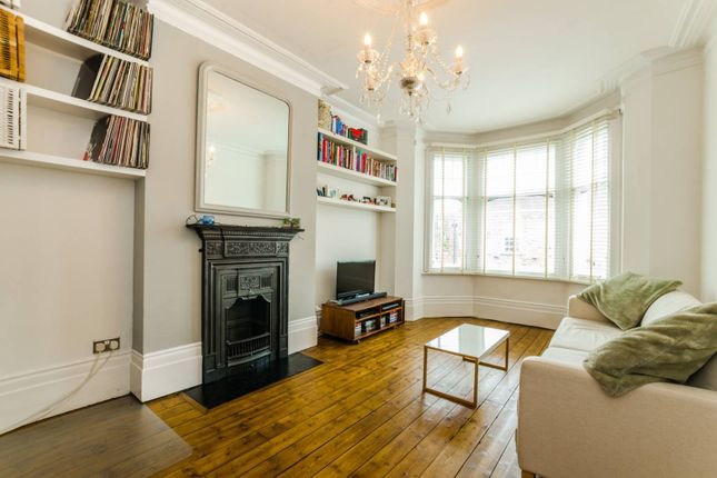 3 bed flat to rent in Fortis Green Road, Muswell Hill