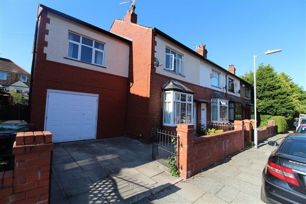 Thumbnail Property to rent in Third Avenue, Bolton