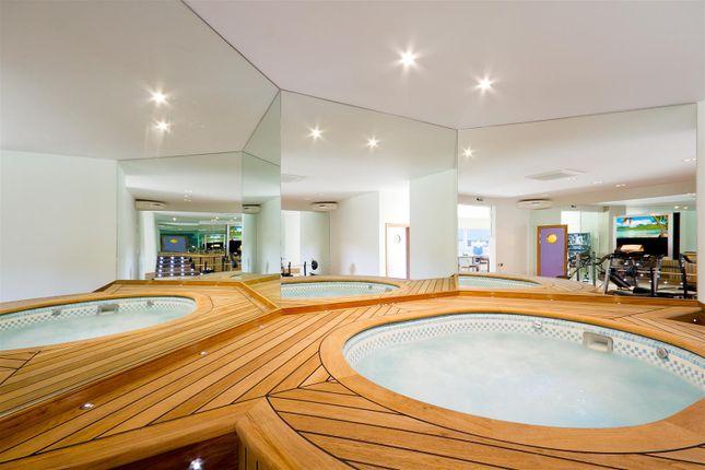 House. Estate Agents Lurgashall Hot Tub