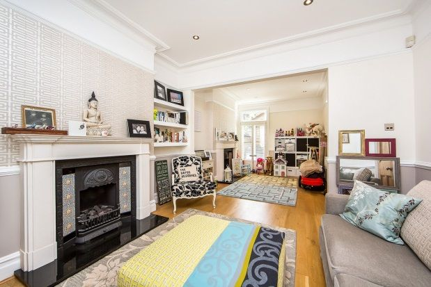 Thumbnail Property to rent in Defoe Avenue, Kew, Richmond