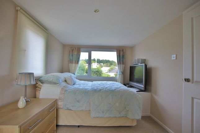 Photo 32 of Meadway, Lower Heswall, Wirral CH60