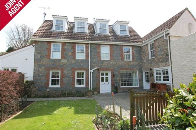 Kings Mills Road, Castel, Guernsey GY5
