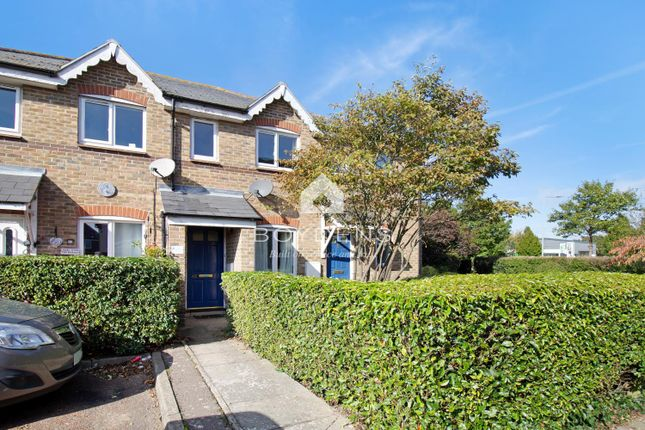 Thumbnail Flat for sale in Highwoods, Colchester, Essex