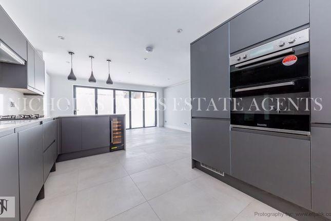 Thumbnail Property to rent in Glenthorne Road, Friern Barnet, London
