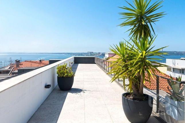 Thumbnail Apartment for sale in Santa Maria Maior, Lisboa, Lisboa