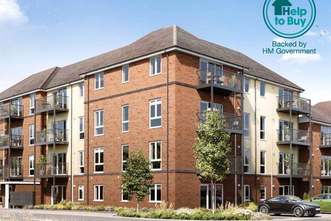 Thumbnail Flat for sale in Hanworth Lane, Chertsey