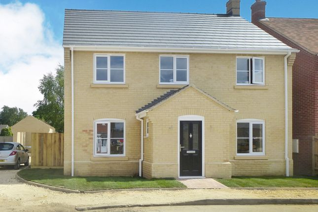 4 bedroom detached house for sale in Sayers Crescent, Wisbech St. Mary, Wisbech