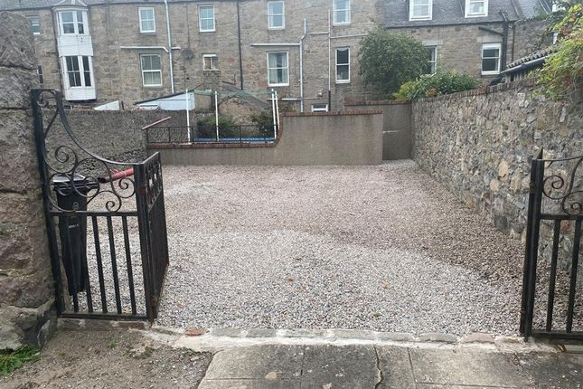 Thumbnail Hotel/guest house for sale in Springbank Terrace, Aberdeen