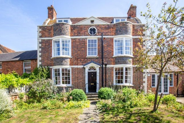 Thumbnail Property for sale in Grove Street, Wantage