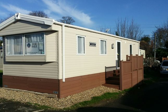 Thumbnail Mobile/park home for sale in Manston Court Road, Margate