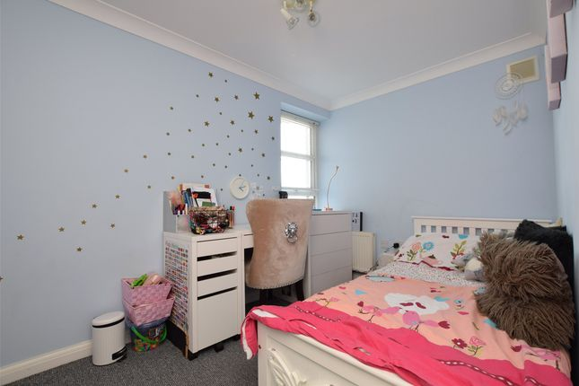 Bedroom Two of Blade Court, 29 Oldchurch Road, Romford, Essex RM7