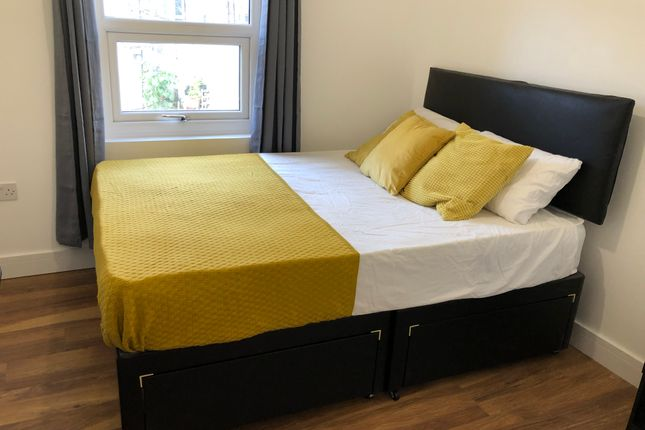 Room to rent in Plumstead Common Road, London SE18