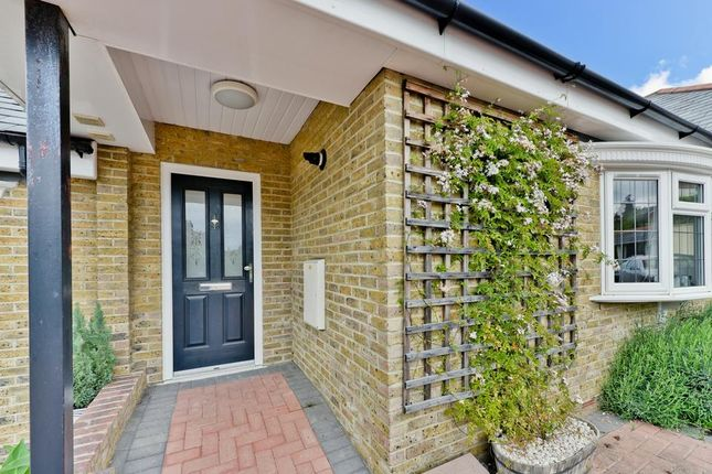 Thumbnail Flat for sale in Southcroft Road, London
