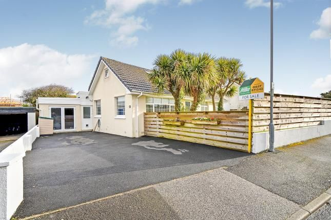5 bed bungalow for sale in Newquay, Cornwall, England