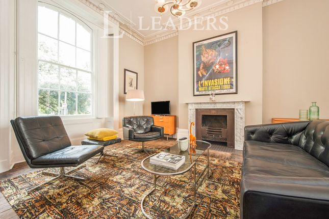 Thumbnail Flat to rent in Clarence Square, Cheltenham, Glos