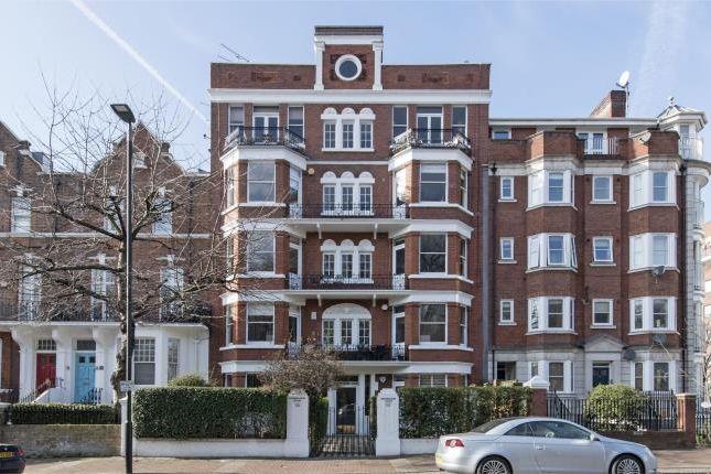 Thumbnail Flat for sale in Albert Bridge Road, London