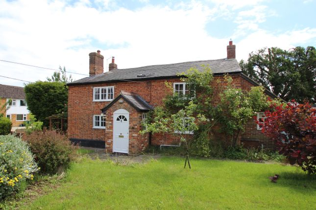 Thumbnail Detached house to rent in Eythrope Road, Stone, Aylesbury