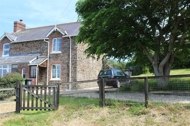 Thumbnail Semi-detached house for sale in Umberleigh