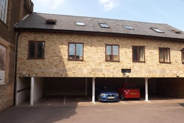 1 bed flat to rent in Chapel Court, Potton, Sandy SG19