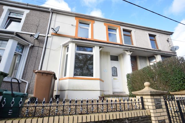 Thumbnail Link-detached house for sale in Brynavon Terrace, Hengoed