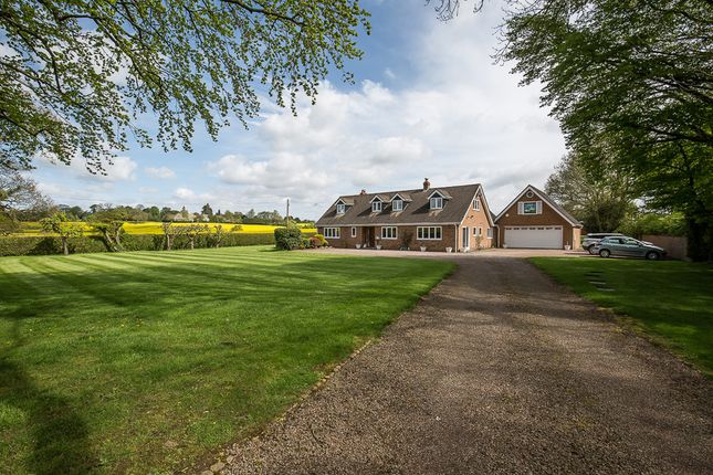 Thumbnail Detached house for sale in Sandy Lane, Leamington Spa, Warwickshire