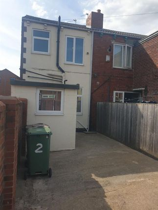 2 bed terraced house to rent in Albany Place, South Elmsall, Pontefract WF9