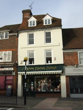 Thumbnail Flat to rent in King Street, West Malling