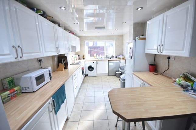 Thumbnail Terraced house to rent in Sandyford Road, Sandyford, Newcastle Upon Tyne